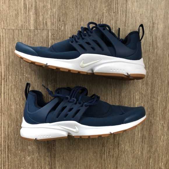 online retailer 008c1 f84c7 Navy Blue Women's Nike Air Presto Sneakers